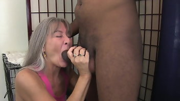 Interracial Muscular Women BBC