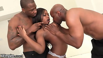 Double Penetration Black Doggystyle Big Tits